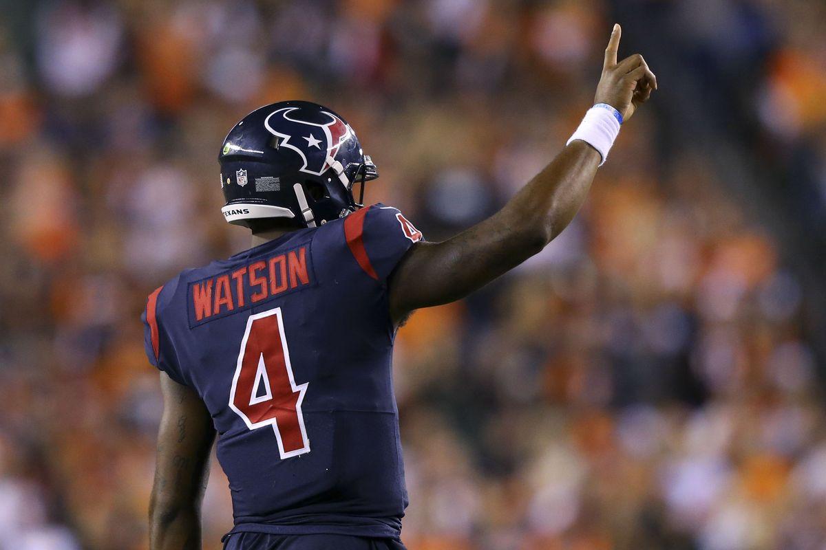 Deshaun Watson after scoring a Touchdown againist the Cincinnati Bengals.
